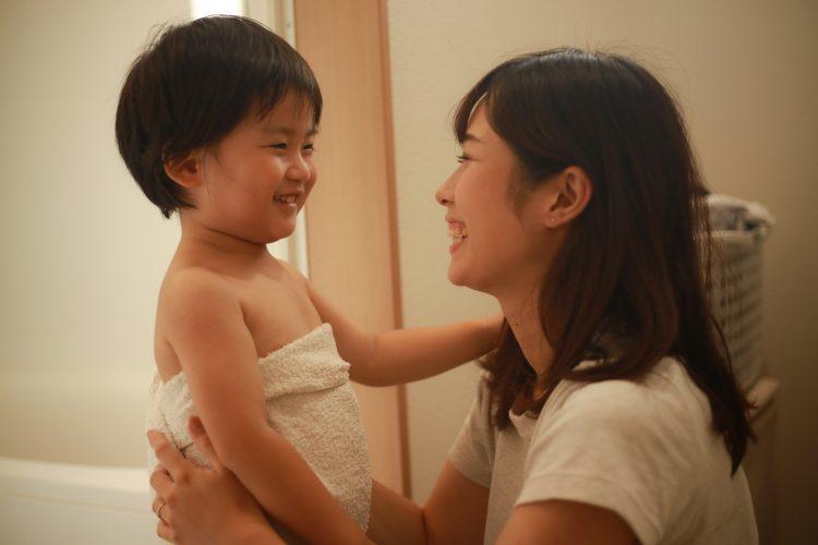 小一兒突問「真的想要我嗎」 淚訴在胎內「選好久才選到妳」