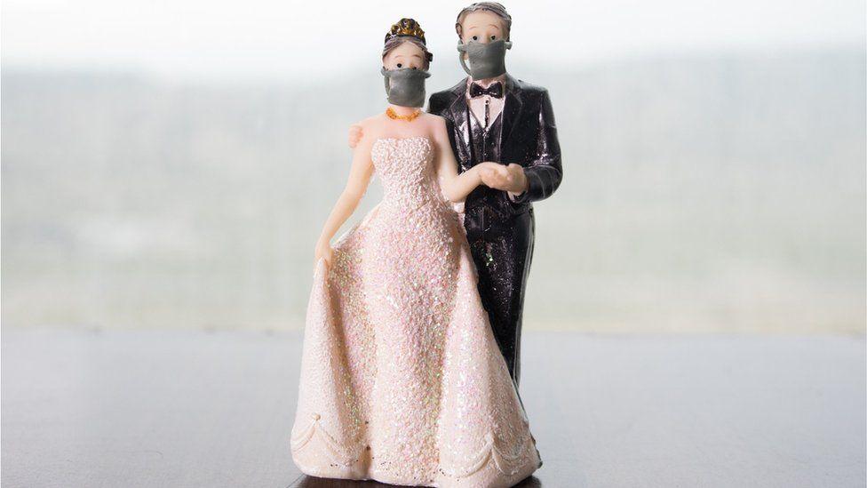 疫情加劇!她想延辦婚禮 親家「堅持照常辦」嗆:餐廳沒說不能