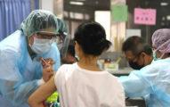 「慈濟捐疫苗」造成困擾?立委怒槓指揮中心:什麼困擾比人命重要?