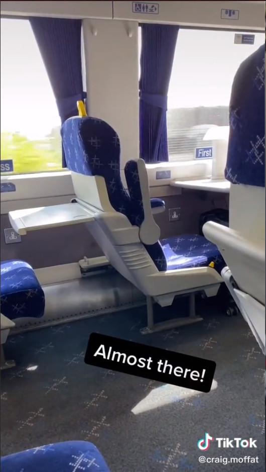 搭3小時火車盛裝赴約!古意男最後「獨自吃完一頓飯」網友鼻酸