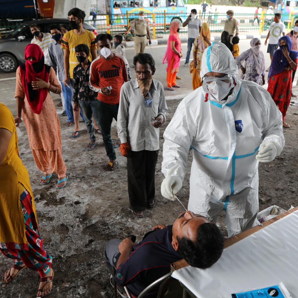 印度人深信「5G會散播病毒」怒毀20座基地台!民眾斷網崩潰