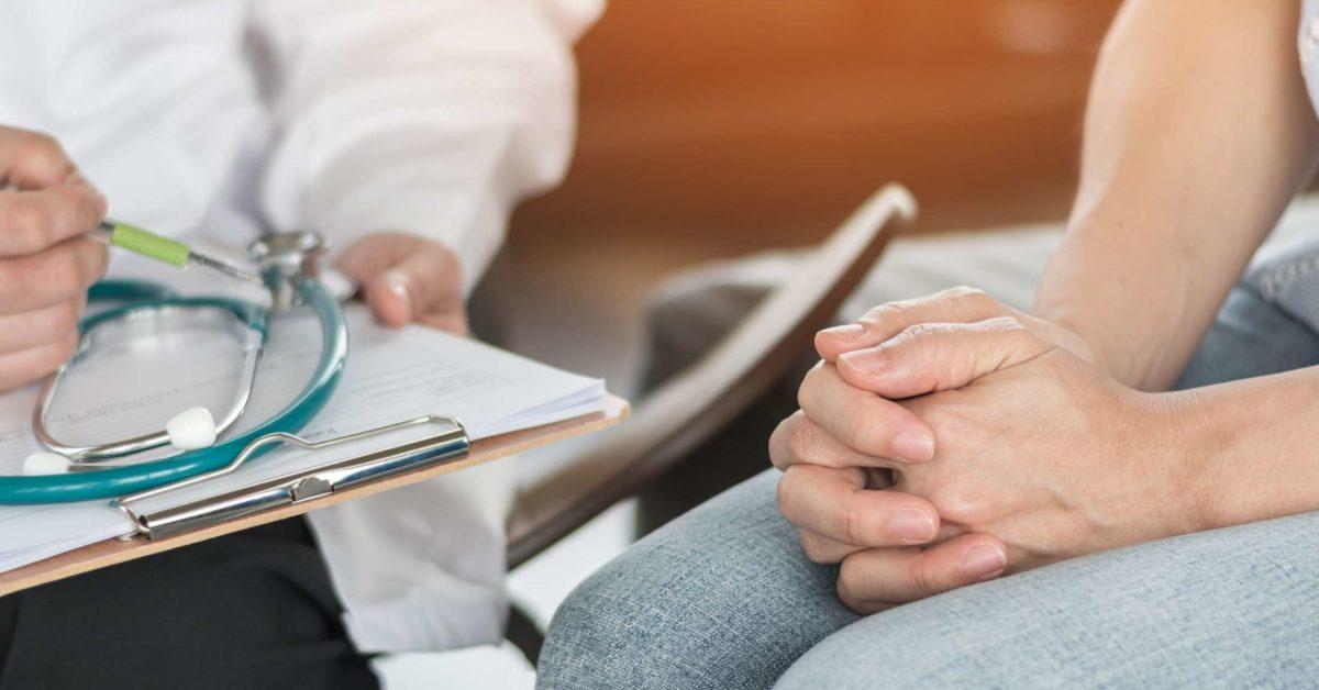 婦「人工受孕」生下女兒!40年後發現「生父是當年醫生」怒告:噁心極了