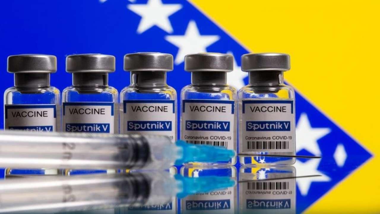 診所人員「幫手機充電」 「1000支新冠疫苗」全報銷
