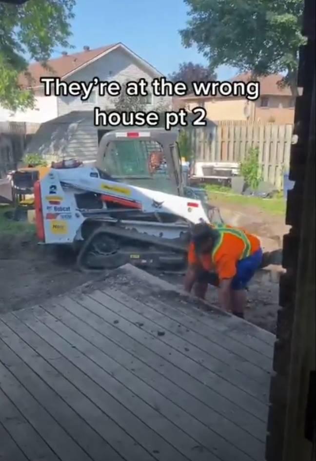 工人拆错家