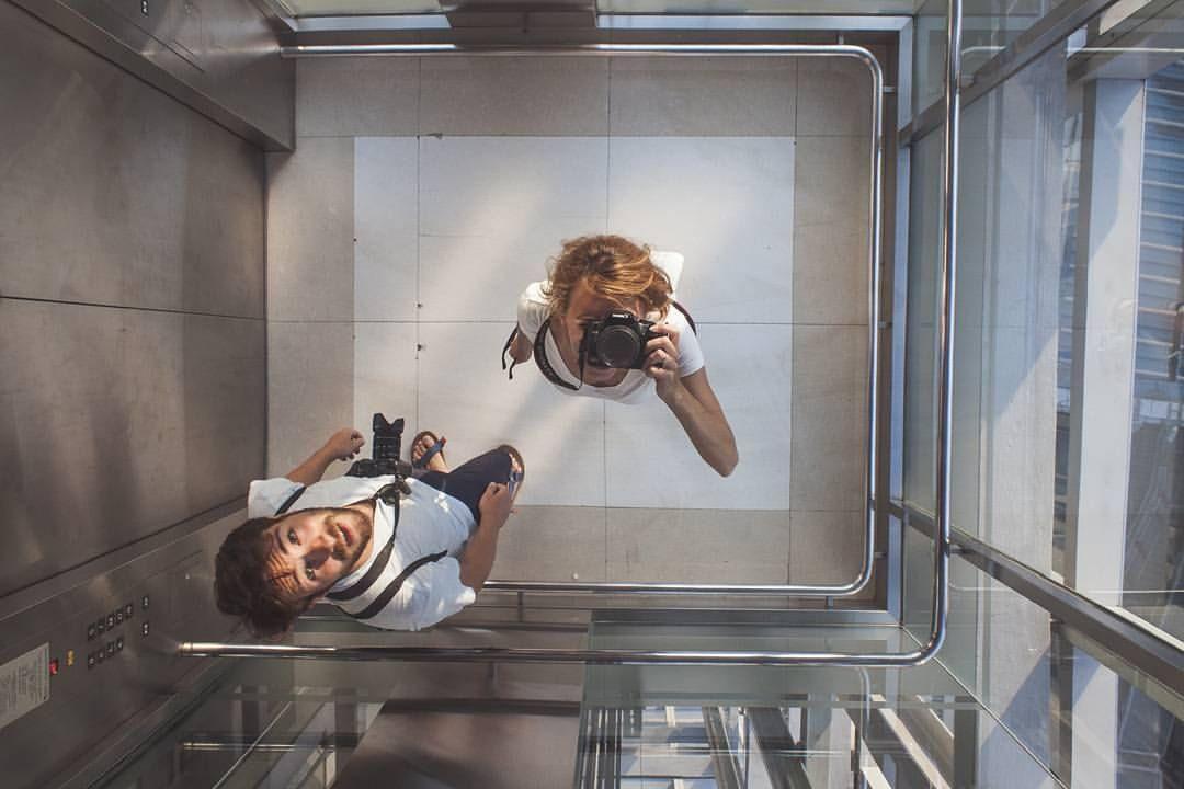電梯為什麼有鏡子